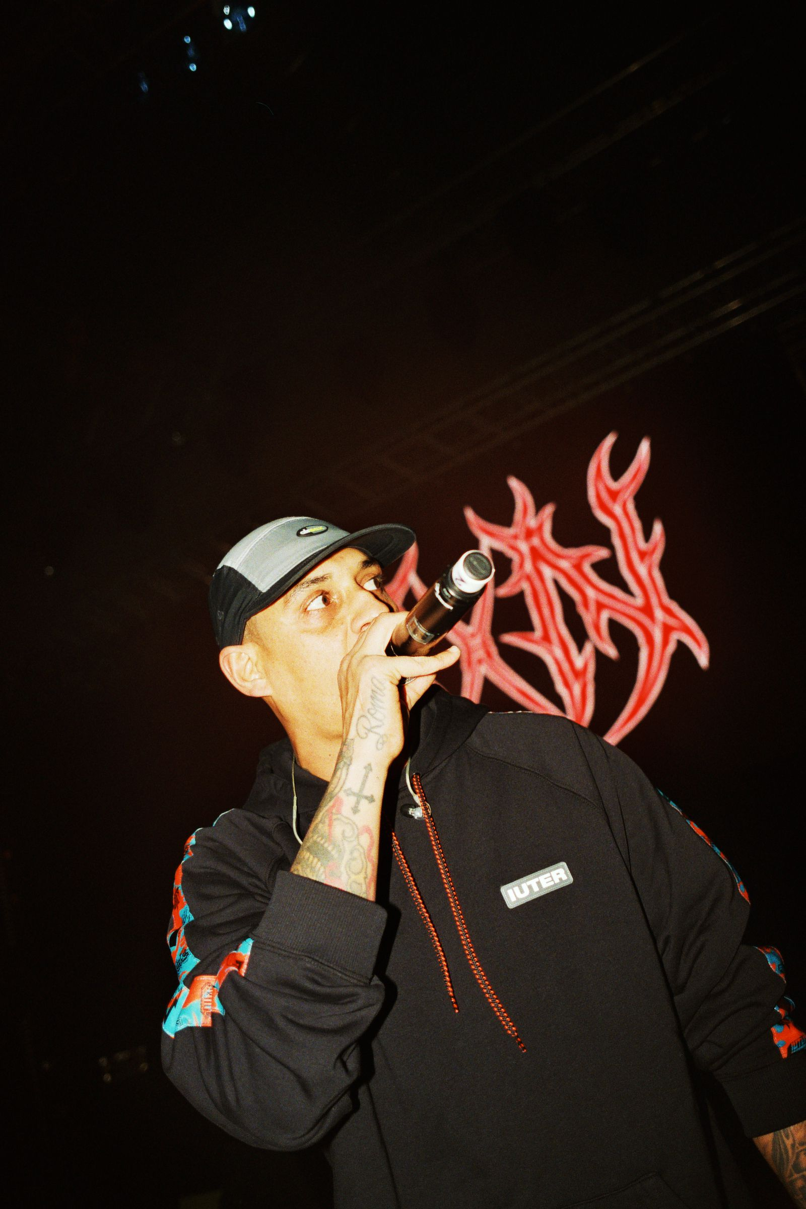 Noyz Narcos, livin' legend on stage Enemy tour at Alcatraz, Milano